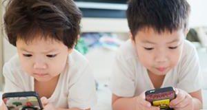 ¿Demasiado tiempo en pantalla perjudica la visión de los niños?